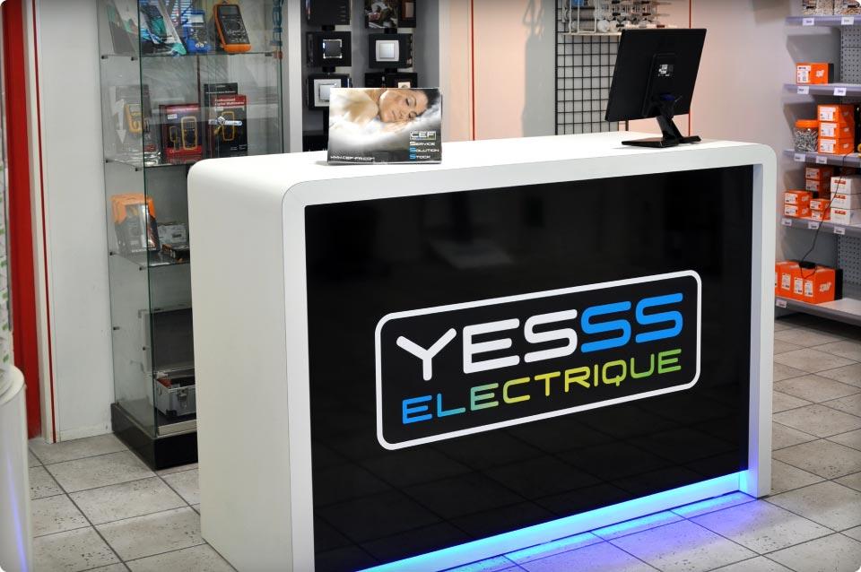 comptoir l 39 enseigne yesss electrique reynier agenceur. Black Bedroom Furniture Sets. Home Design Ideas