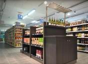 Des meubles caves à vins plus contemporains pour la GMS