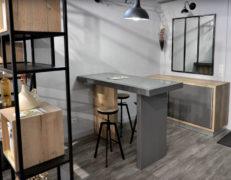 REYNIER Agenceur caveau dégustation table accueil clientèle