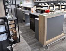 REYNIER Agenceur caveau dégustation aménagement comptoir bar