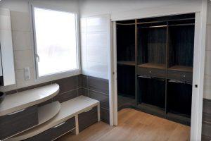 Associer le dressing à la salle de bain